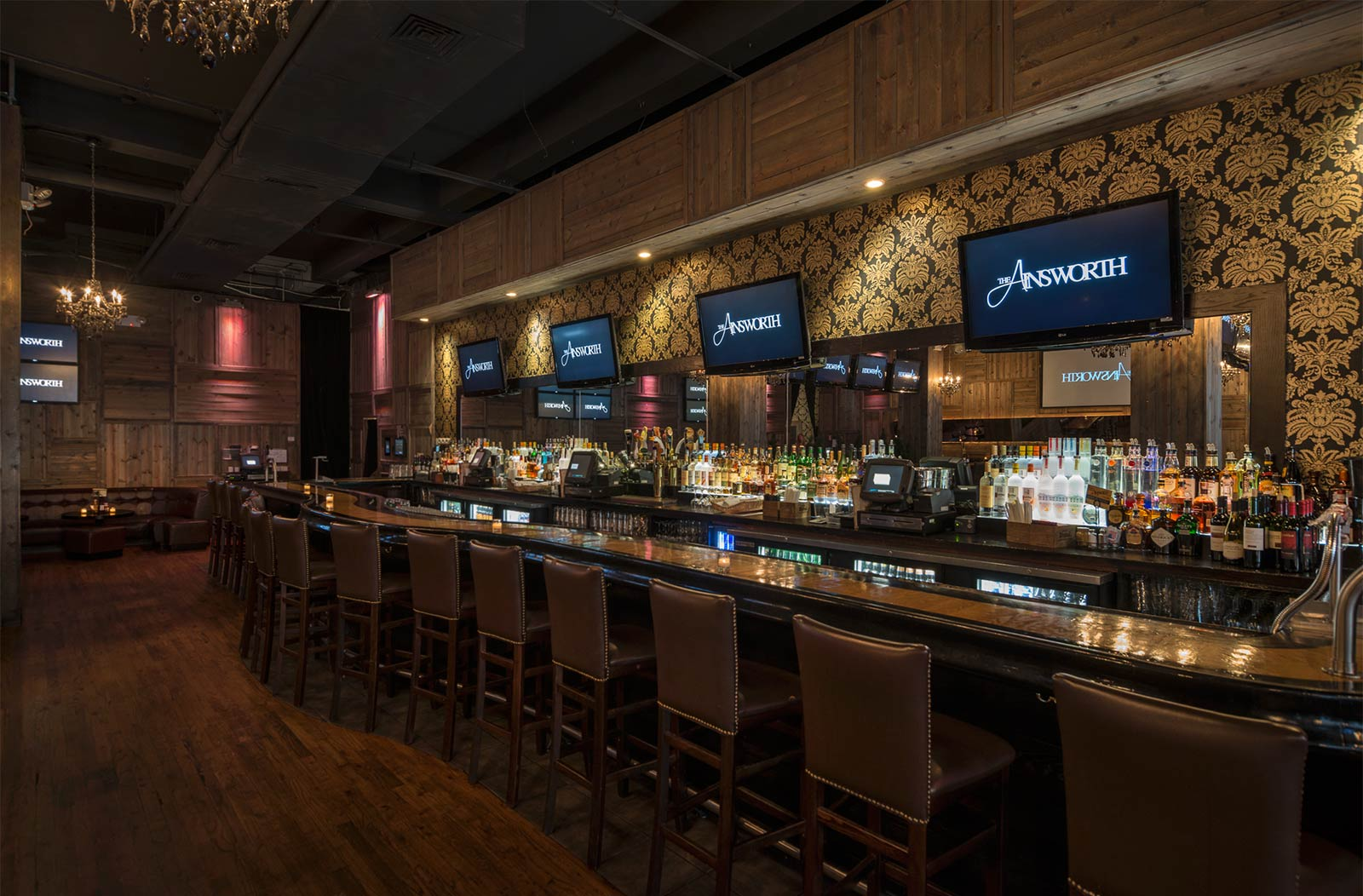 The bar of the original Ainsworth in Chelsea, New York.