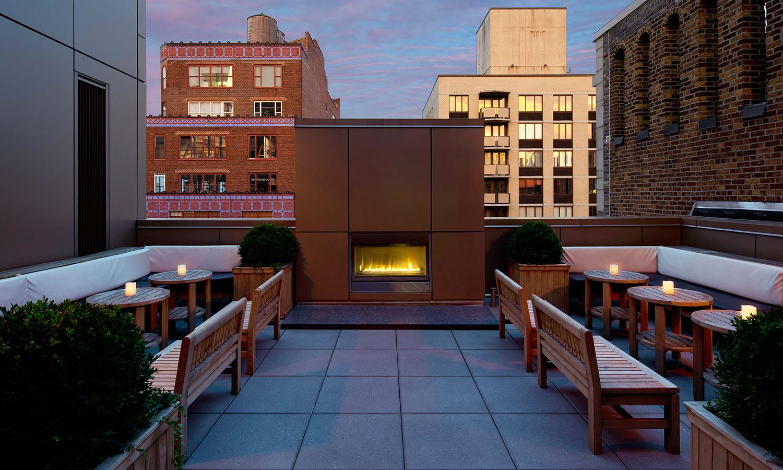 Gansevoort Park Rooftop - Ivy Lounge Terrace NYC